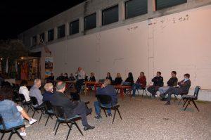 Il candidato sindaco e la squadra ad Alcenago.